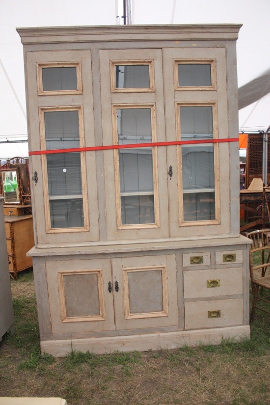 Tips and tricks for shopping at the Round Top, Texas antique fair (or, any big flea market!)