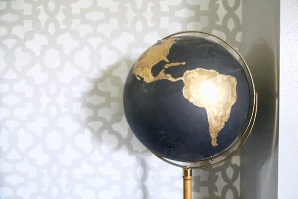 Black globe DIY tutorial