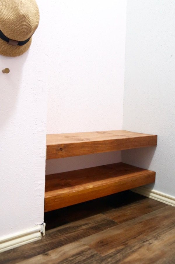 Plan for DIY floating shelves