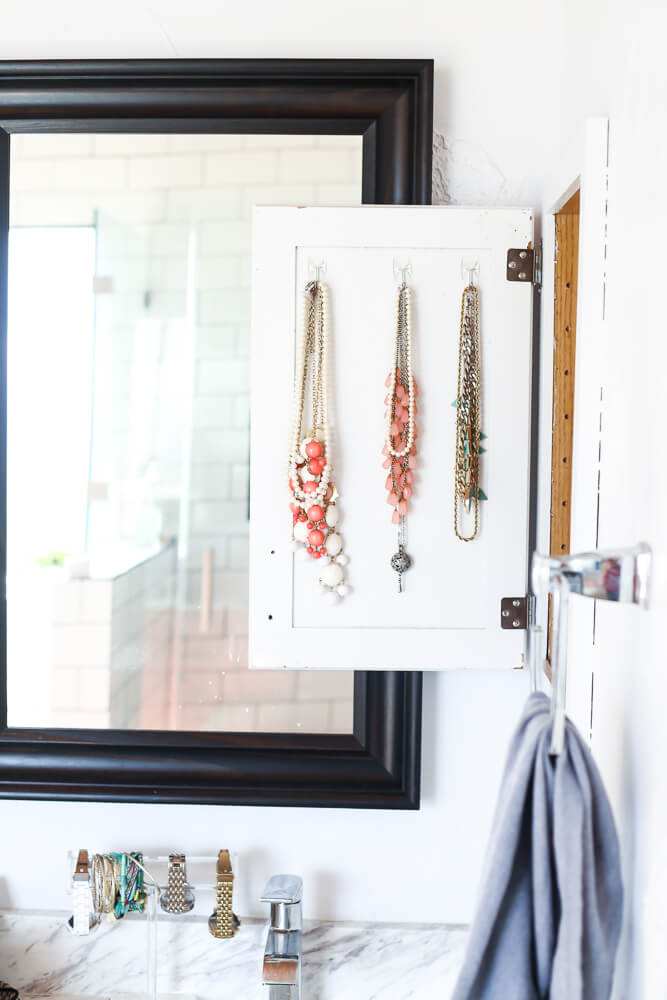 how to make a DIY necklace holder