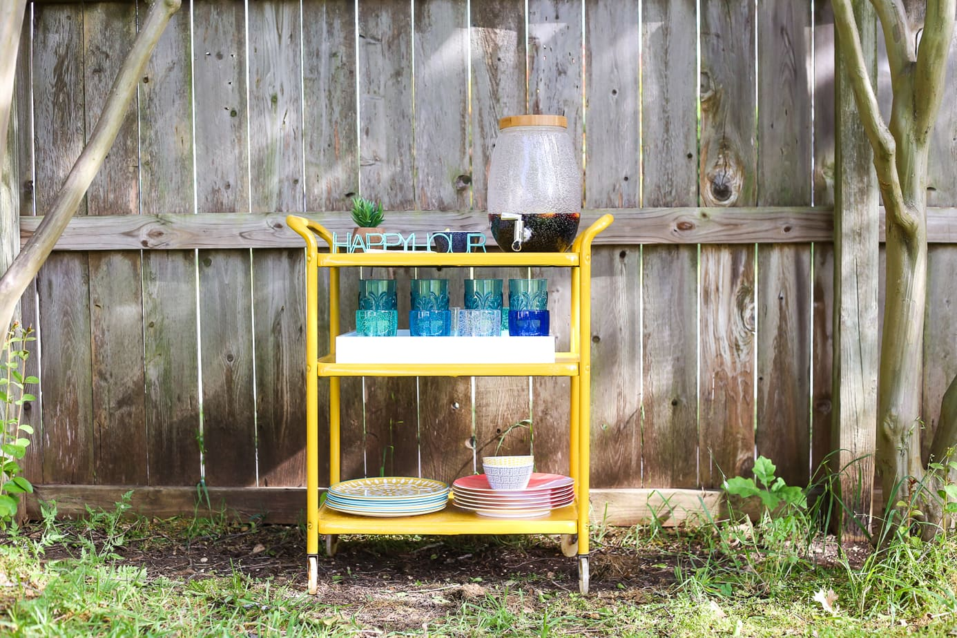 How to transform a rusty old bar cart using Rustoleum's line of rust-stopping primer and spray paint.
