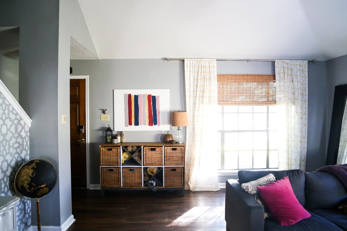 Living room and entryway renovation