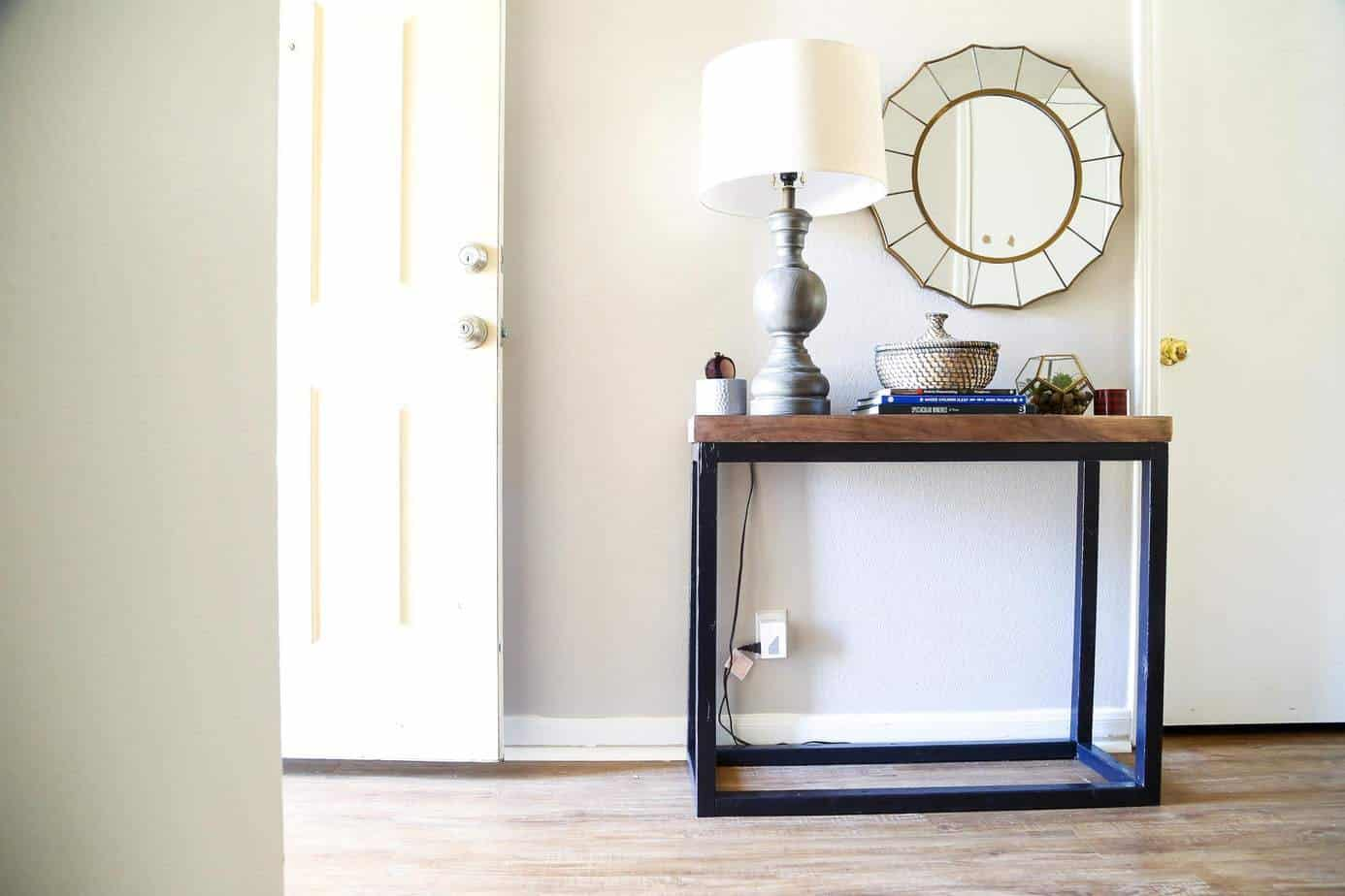 How to build a DIY entry table