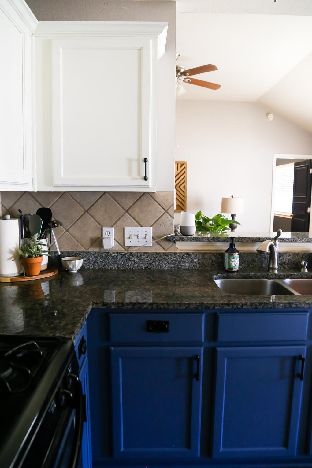 Painting kitchen cabinets blue and white