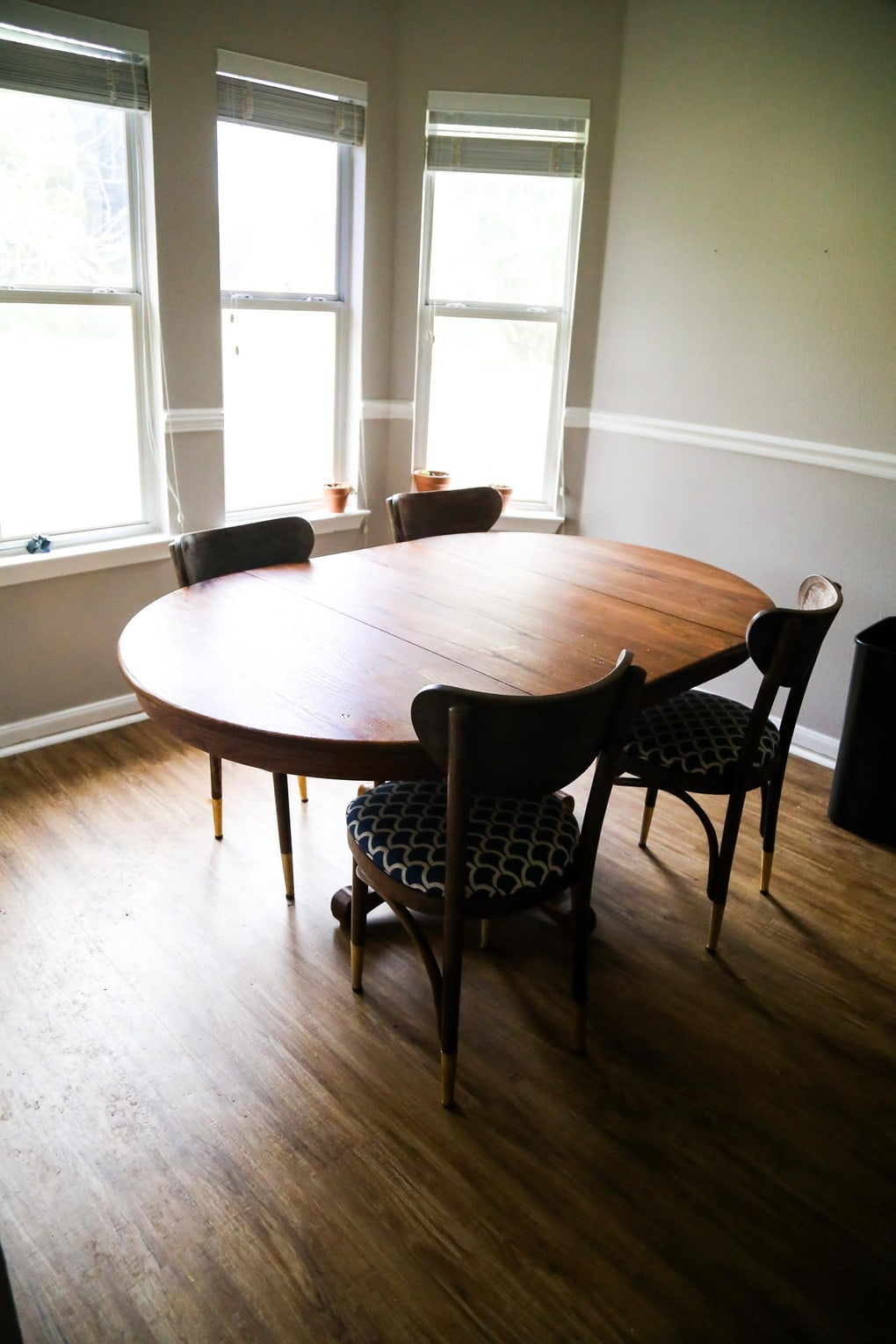 Dining table before makeover