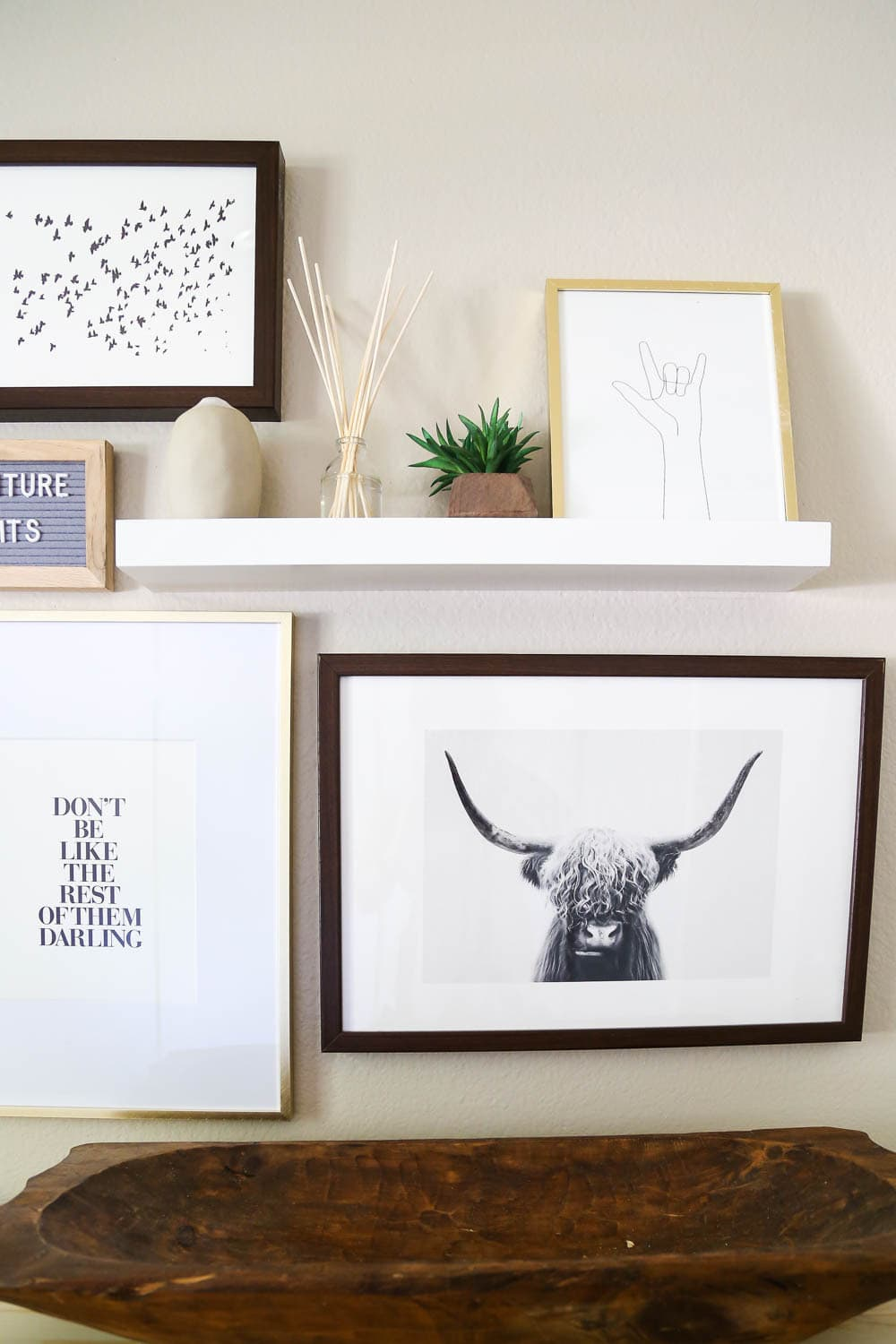 tips for choosing gallery wall art