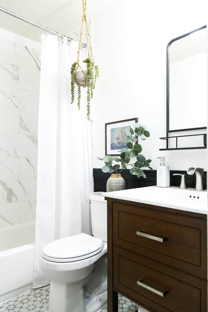 reveal of black and white bathroom renovation