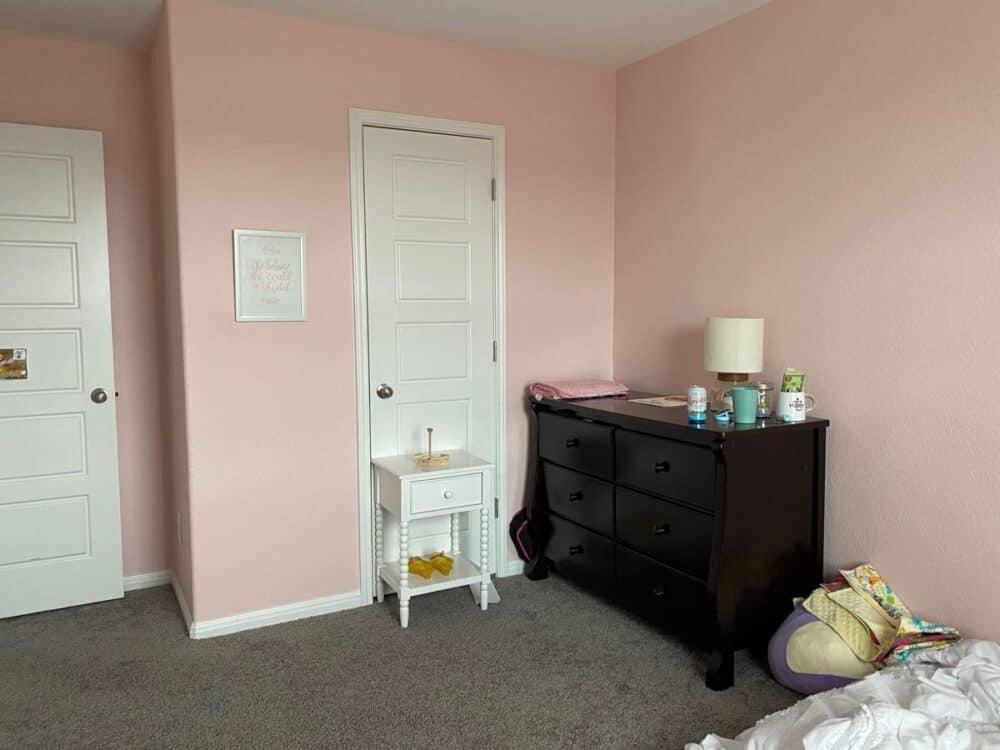 before of girls room makeover