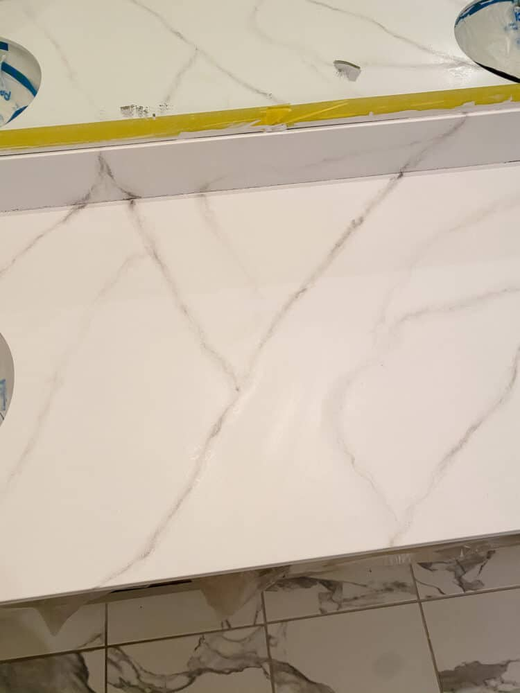 Close up of veining on DIY faux marble epoxy countertop