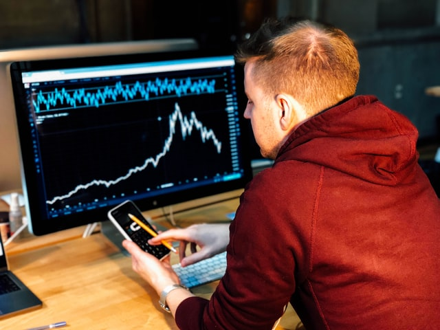 How can a master's course in financial trading advance your career?