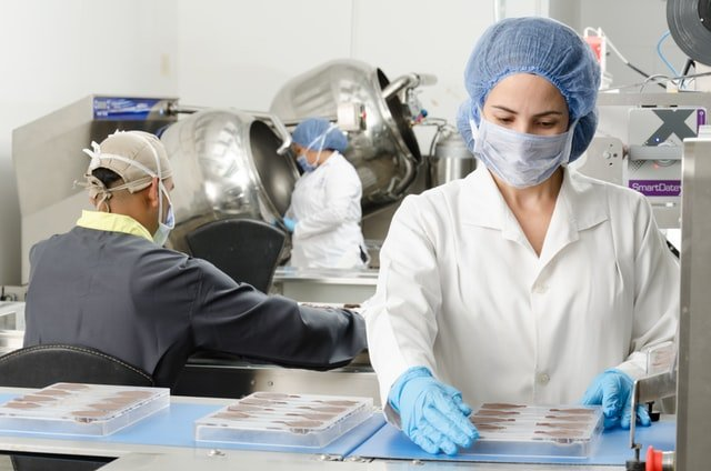 Safety in the Factory: 4 Excellent Business Practices to Follow