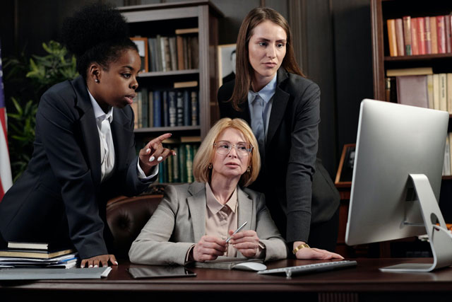 Five Reasons why you need an Attorney for your New Business
