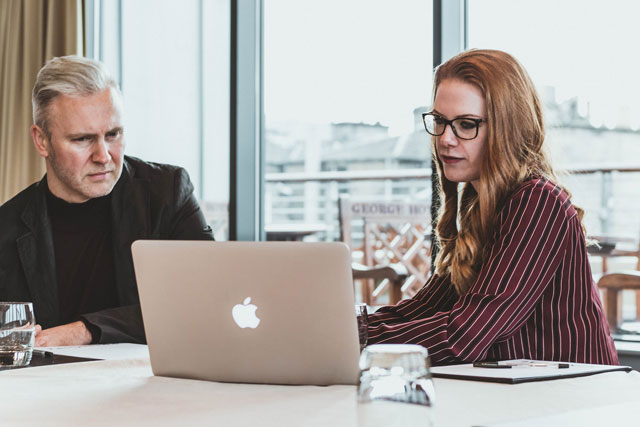 How online learning helps with employee retention
