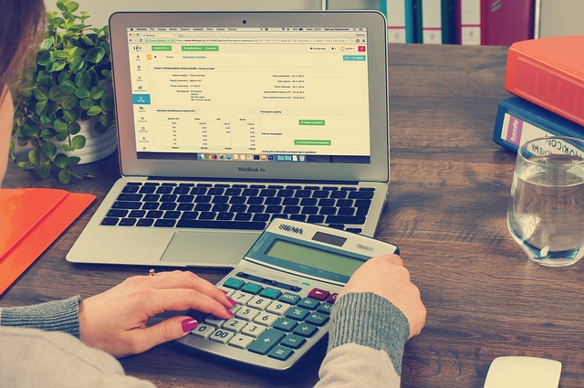 5 Easy & Reliable Tactics To Reduce The Tax Bill For Your Small Business