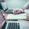 How to Write An Invoice When Working With Freelancers