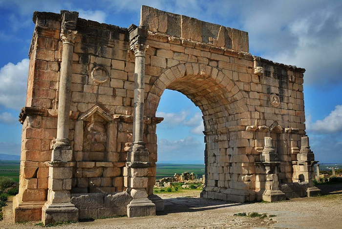 day tour from fes to volubilis