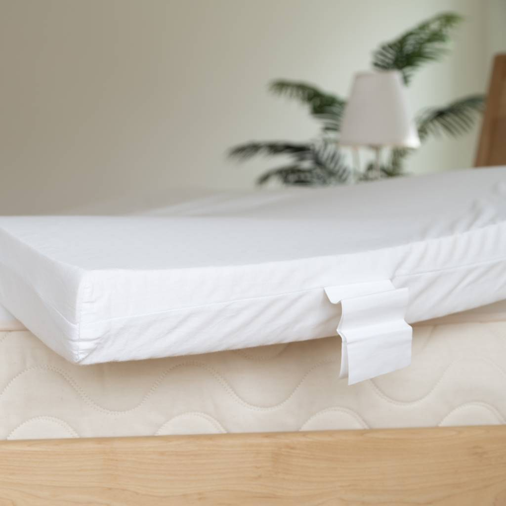 Spindle mattress latex layer with cover
