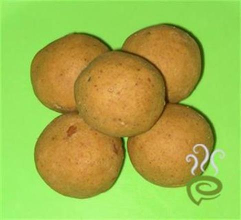 Besan Ladoo Made With Gram Flour – pachakam.com