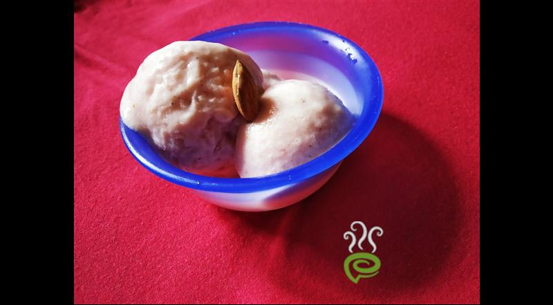 3 Ingredient Strawberry Ice Cream – pachakam.com