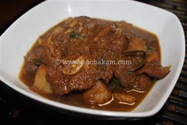 Malabar Mutton Curry With Diced Potatoes – pachakam.com