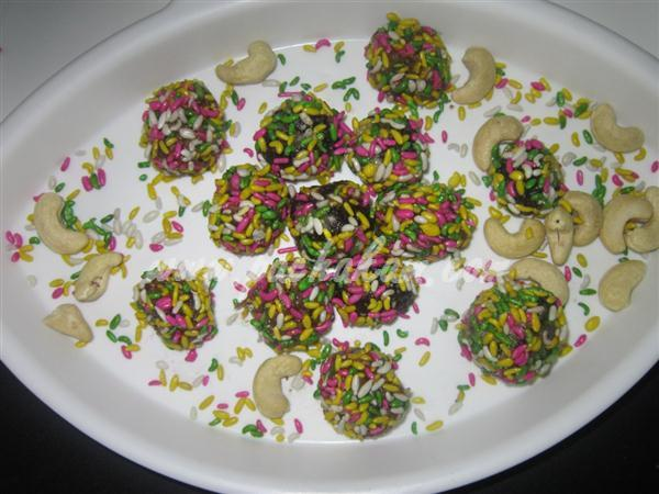 Cashew Chocolates (Step By Step Photos) – pachakam.com