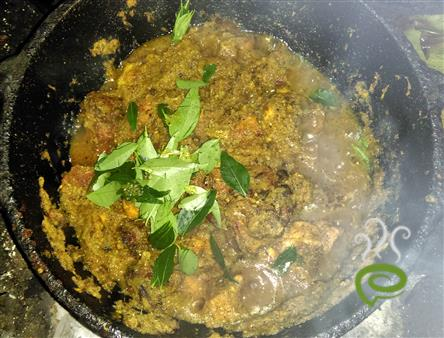 Onion Tomato Paste Chicken Gravy – pachakam.com