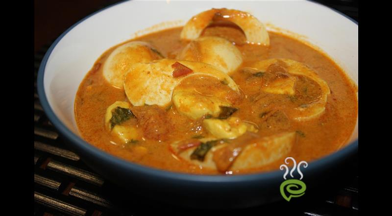 Potato Egg Curry – pachakam.com