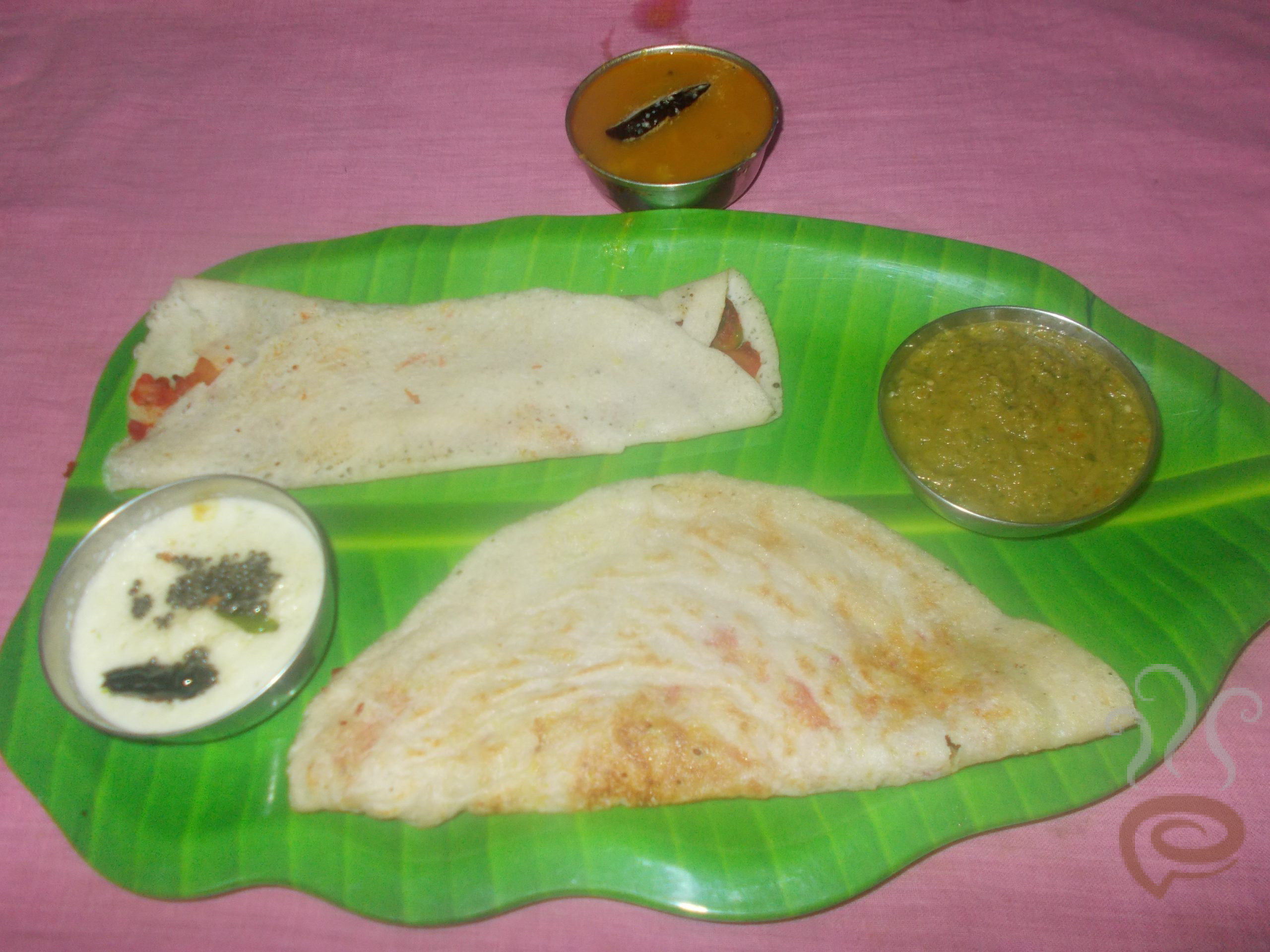 Indian Coffee House Style Beetroot Masala Dosa