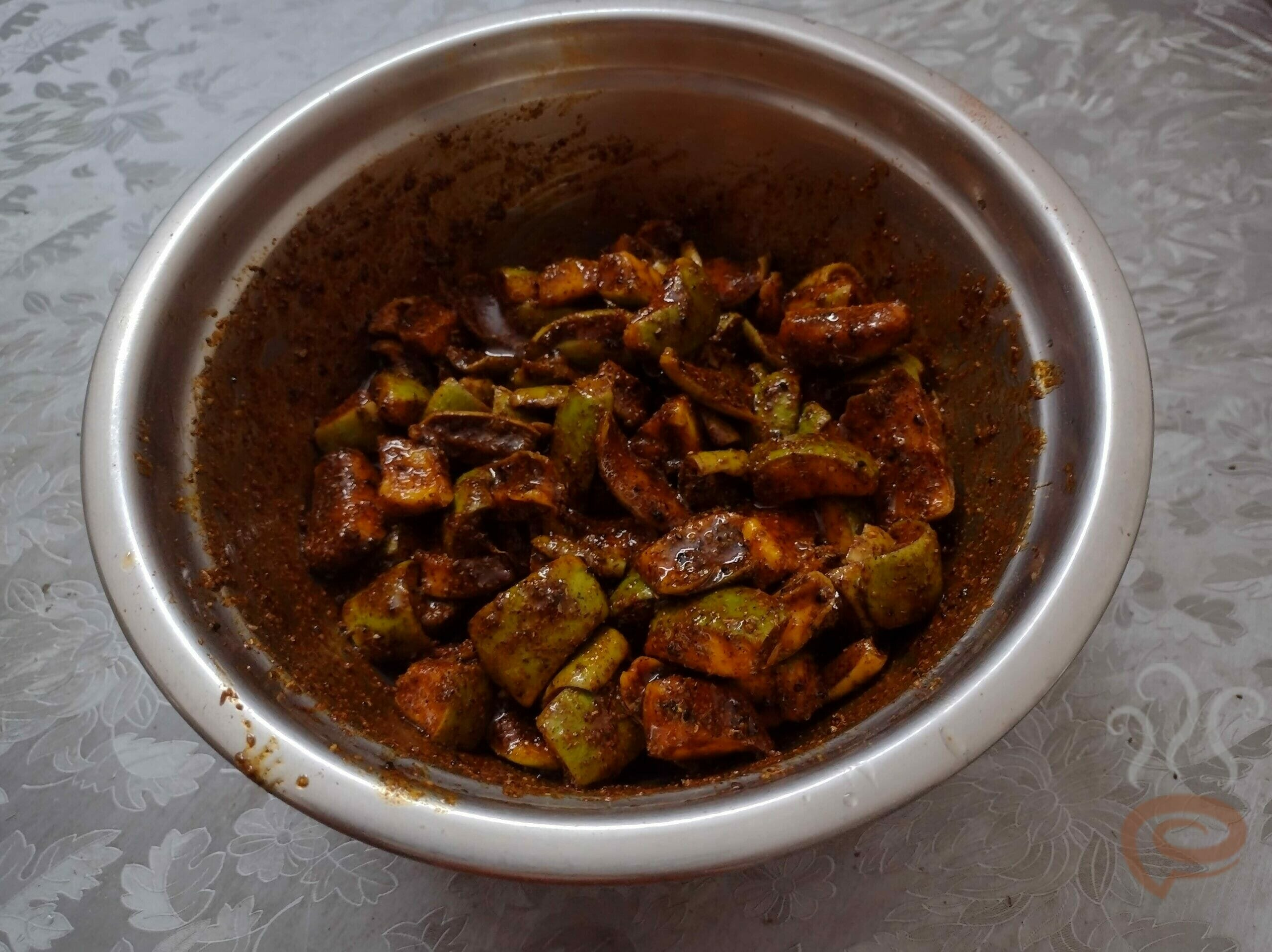 North Indian Style Mango Pickle – pachakam.com