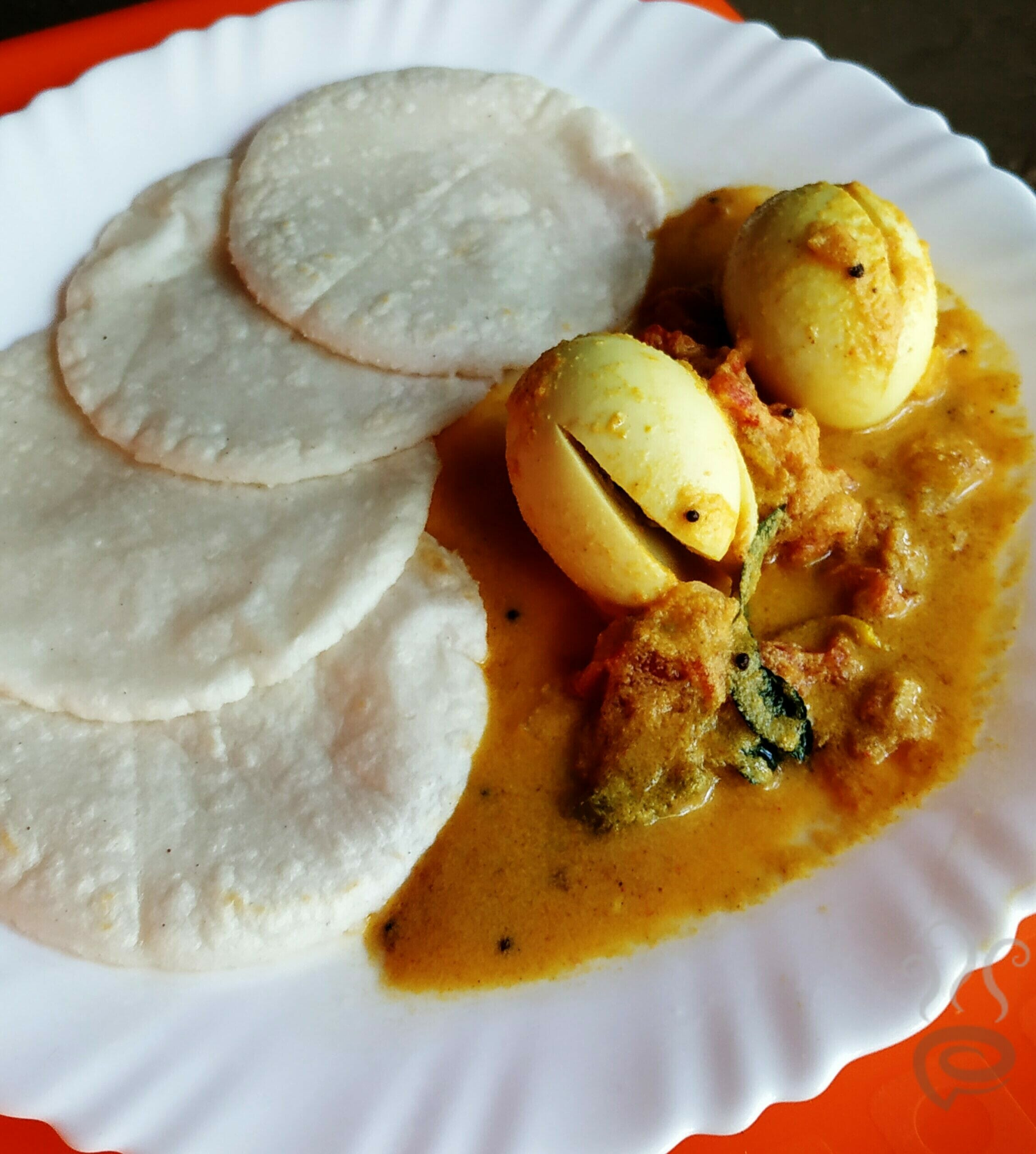 Kerala Style Egg Curry With Coconut – pachakam.com