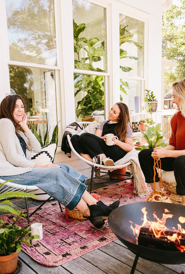How to Throw a Stylish (But Cozy) Campfire Craft Night