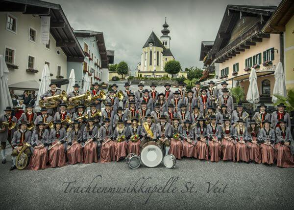 Square concert of the traditional music band St.Veit