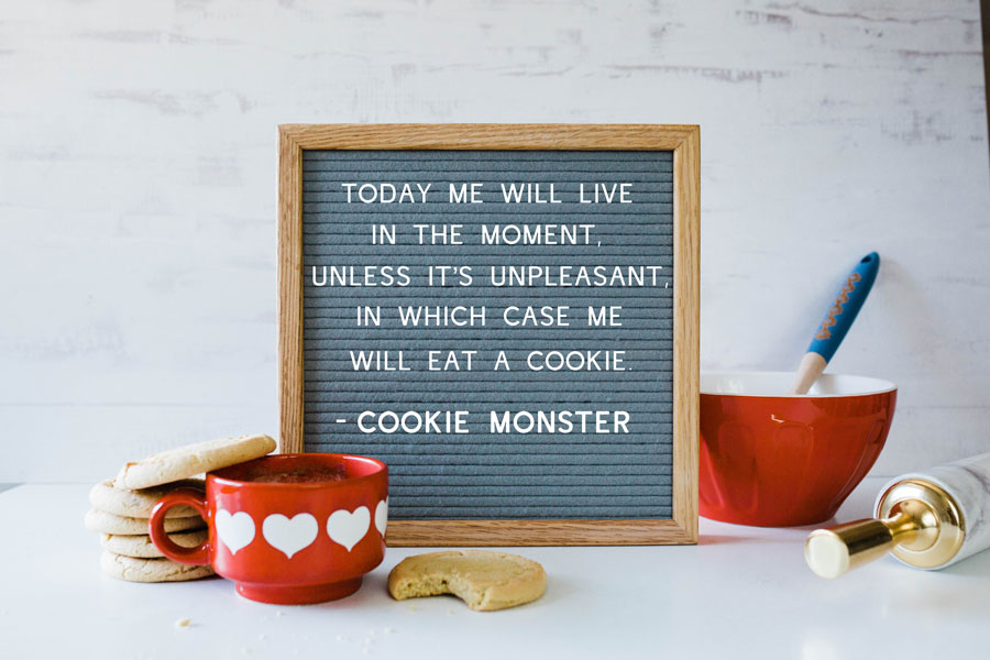 6 Message Board Quotes For People Who Love Cookies