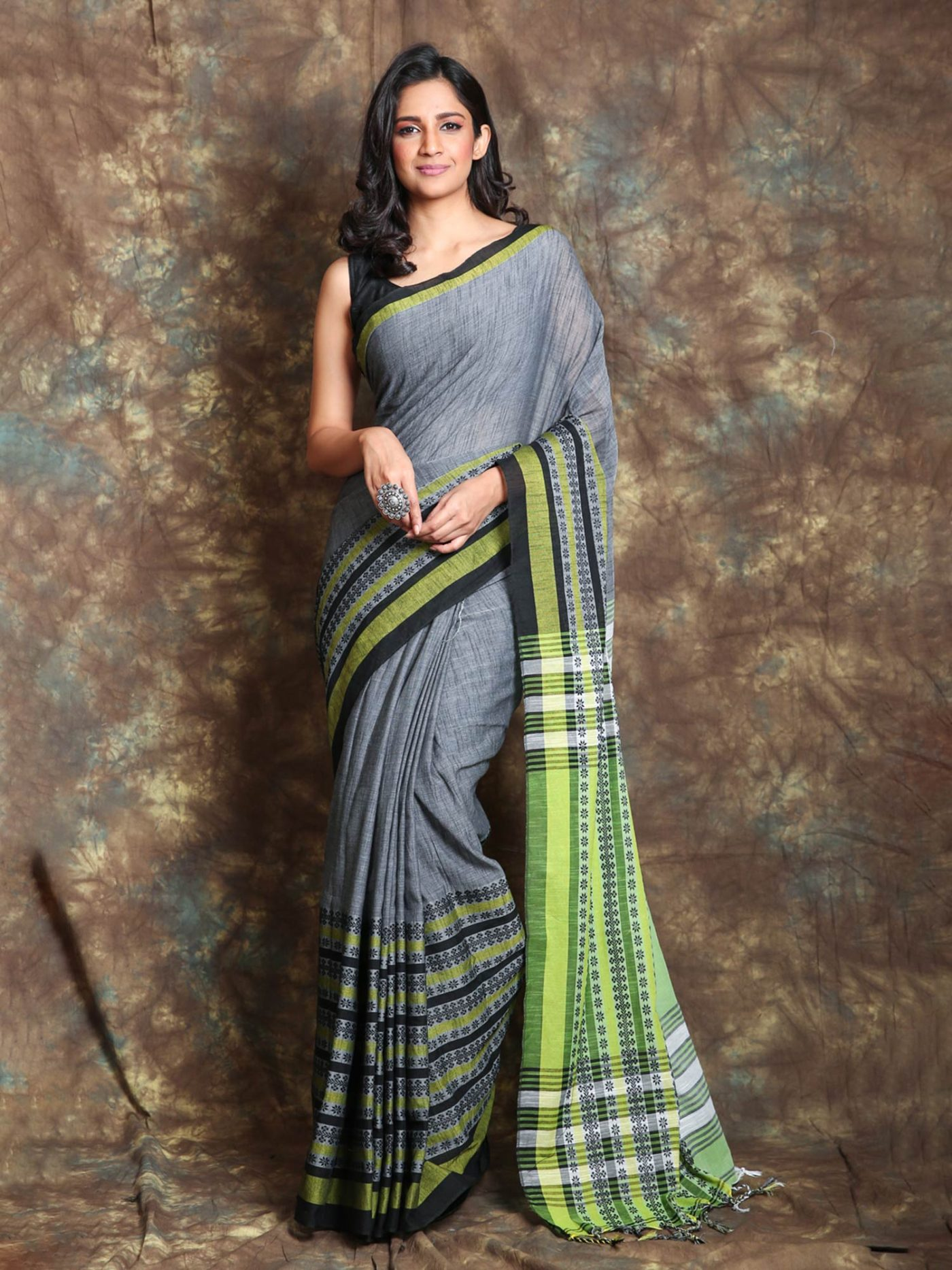 begumpuri saree