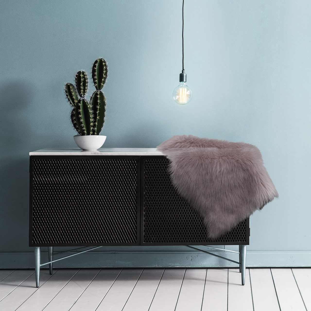 10 Ways to Use Faux Fur in Your Home