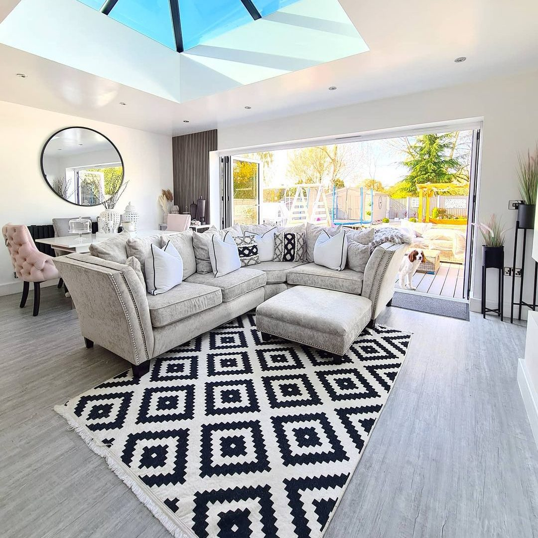 Summer House Decoration Tips