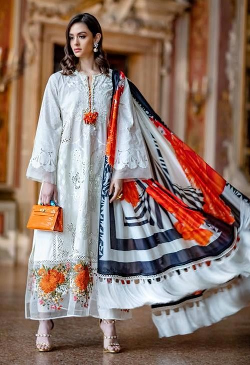 Sana Safinaz Luxury Lawn'19 2B RESTOCKED Best Sellers Restocked best pakistani suits collection