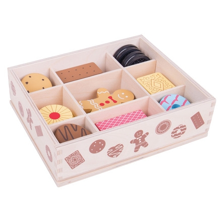 BJ470 Wooden Box of Biscuits 002
