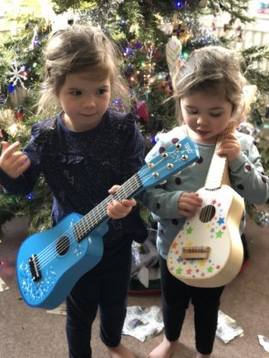Read more about the article Toy Guitar Makes A Star