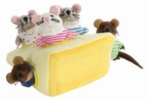 hideaway mice in cheese puppets