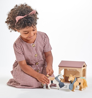 toy horse stable by tender leaf toys