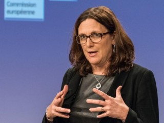 Commissioner Malmström in South Africa to celebrate first anniversary of regional trade agreement