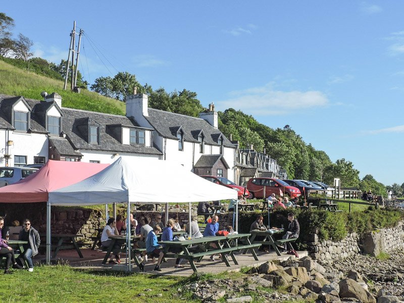 Applecross Inn Scotland, people sitting at lunch