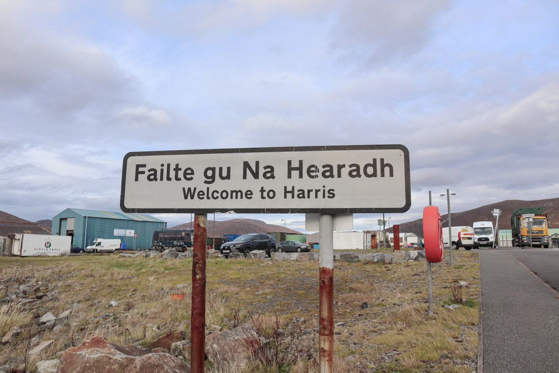 Welcome to Harris Scotland sign