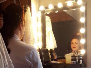 Makeover Photoshoots: Lipstick, Lighting and Hollywood Mirrors
