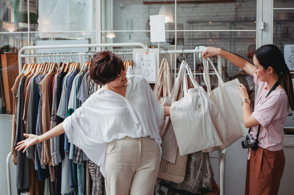 what-are-eco-friendly-clothing-materials
