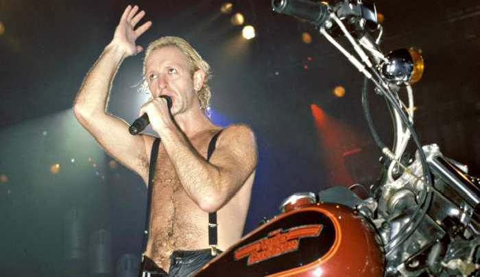 """Rob Halford: The """"Fuel"""" Behind Turbo Lover 1"""
