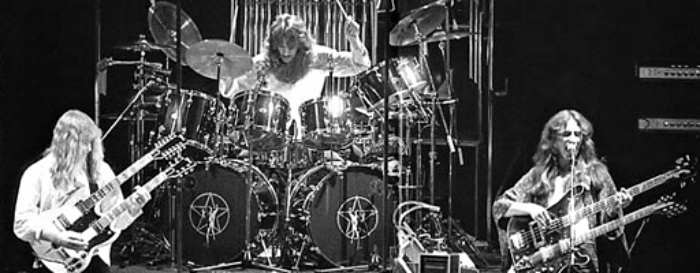 Rush-Band-Live-Stage