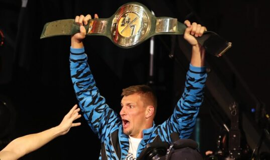 Gronk's WWE Run Comes To An End With Defeat To R-Truth