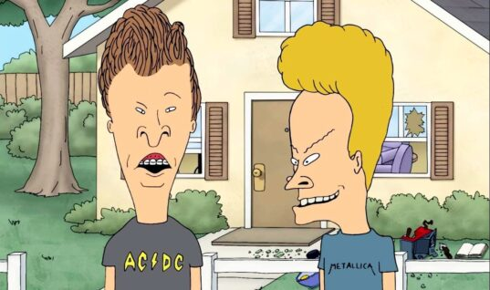 "Mike Judge Is Bringing ""Beavis And Butt-Head"" Back"